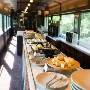 「TOHOKU EMOTION」鐵道與美食的極品之旅